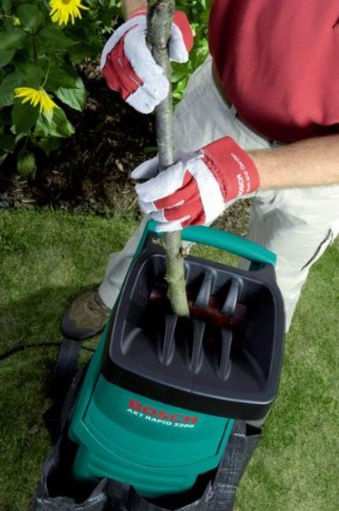 Il vous permettra de broyer tous les types de végétaux