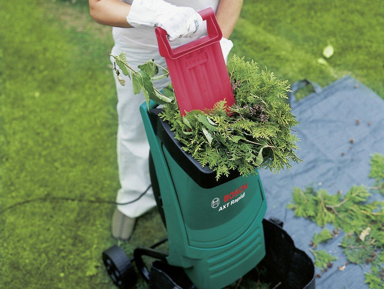 Le broyeur de végétaux Bosch AXT Rapid 2000
